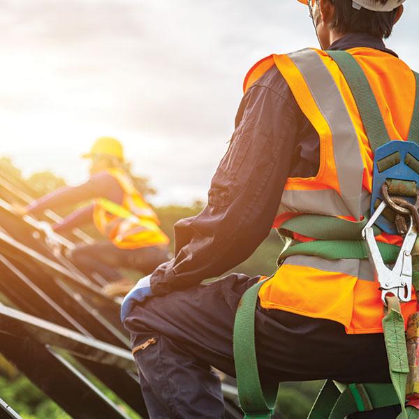 Montaz strechy a pracovnici